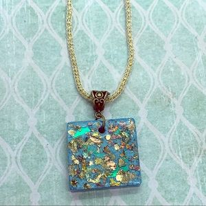 Jewelry - Beautiful blue resin necklace.